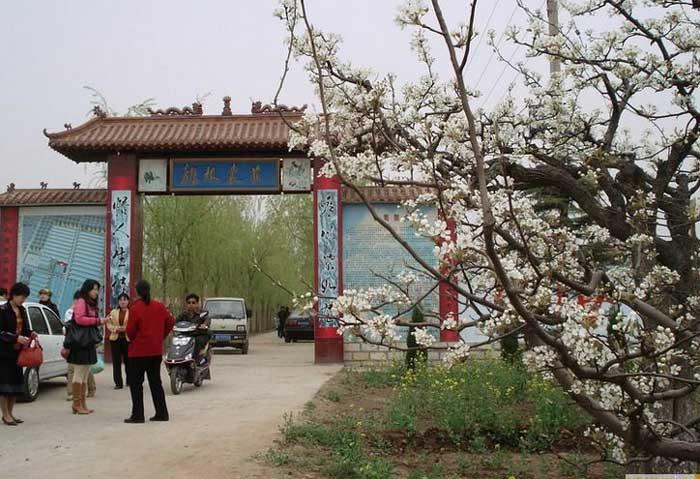 魏县梨花节景点_首页 梨花节 > 魏县旅游景点--龙根农庄